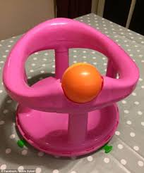 Baby Seat For Bathtub Norfolk Mother Warns Of The Dangers Of Baby Bath Seats After