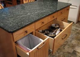 ready made kitchen islands 100 do it yourself kitchen islands best 25 rolling kitchen