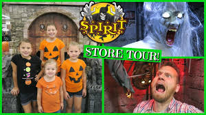 spirit store halloween costumes 2016 spirit halloween store tour youtube