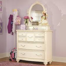 Haynes Furniture Bedroom Dressers Lea Industries Jessica Mcclintock Romance Dresser U0026 Mirror Ahfa