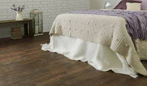 Laminate Flooring Blog Oak Laminate Flooring Why Invest On It Blog Floorsave