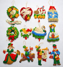 felt applique christmas ornaments from the christmas window