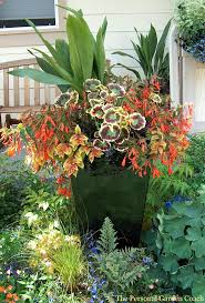 cool clever garden planters ideas i have these in a different