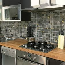 carrelage en verre pour cuisine carrelage pour credence cuisine cheap test le carrelage adhsif par