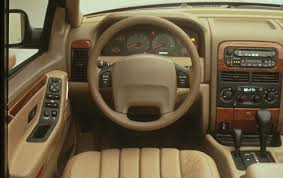 2000 gold jeep grand cherokee 2001 jeep grand cherokee laredo market value what s my car worth