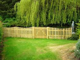 Fencing Ideas For Small Gardens Diy Front Yard Privacy Fence Ideas Creative Design Loversiq