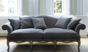 Classic Sofas For The Elegant Timeless Look Of Your Living Room - Classic sofa design