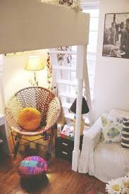 Studio Apartment Furniture Layout Ideas Best 25 Bohemian Studio Ideas On Pinterest Bohemian Studio