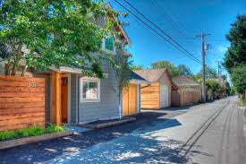 small craftsman house a craftsman style laneway house lanefab small house bliss
