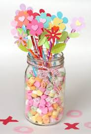 Candy Vases Centerpieces Candy M U0026m Valentine U0027s Day Diy Centerpiece Vase With Flowers