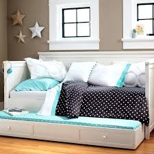 blythe daybed pottery barn kids comes in white frame too daybed