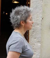 Frisuren Kurze Graue Haare by Schicke Kurze Frisuren Für ältere Frauen