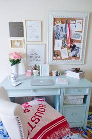 Decorating Desk Ideas Best 25 Desk Decorations Ideas On Pinterest Diy Desk Office Desk
