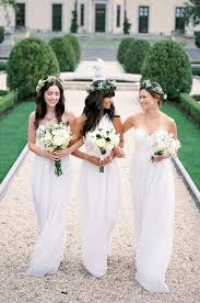 bridesmaids in white dresses whaaaat weddingbee