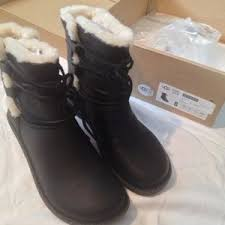 ugg womens caspia ankle boots 47 ugg shoes nwt ugg australia caspia boots black from