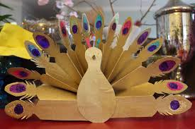 beautiful accessories room desin ideas of marvelous peacock crafts