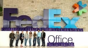 photo de bureau de fedex office fedex cares supports local ch