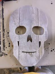 how to make a skull head for halloween decoration out of old