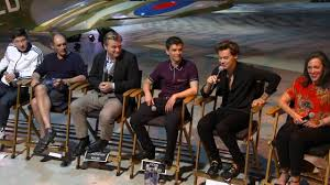 film dunkirk tentang dunkirk press conference harry styles christopher nolan youtube