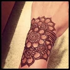 42 best medium henna tattoo images on pinterest hennas hand