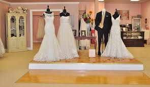 wedding dress consignment richmond wedding vendor spotlight bliss bridal consignment