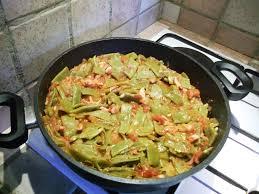 haricots plats à la tomate et au lard recette de haricots plats à