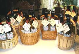 ideas for cheap gift baskets how to make inexpensive