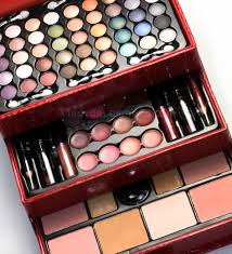 ladycosmetic all in one makeup kit cc 2012 eye lip and face