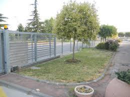 Bonfante Fontane by Prato Sintetico Per Giardini Aziendali Con Bordi Per Le Aiuole