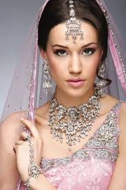 bridal jewelry and makeup styles for girls