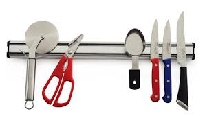 knife storage made simple 6 easy ways to store your kitchen knives