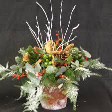 fresh flower christmas arrangements christmas arrangements