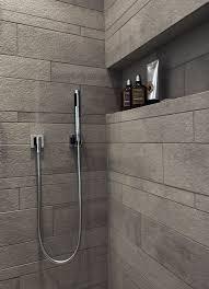 badezimmer mit dusche die besten 25 duschen ideen auf master dusche bad