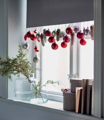 3 simple window decorations