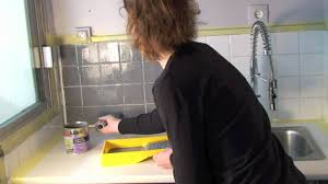 repeindre faience cuisine peindre carrelage avec les peintures julien