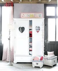 armoire pour chambre enfant armoire 2 portes pour chambre enfant acacia clair charles design