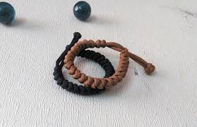 paracord braided bracelet images Snake knot paracord survival bracelet jpg