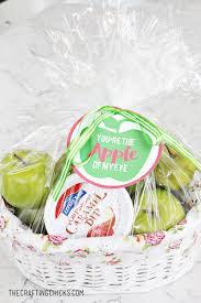 apple crafts and recipes the crafting