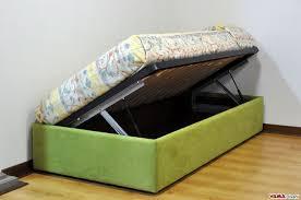 letto singolo con materasso letto con contenitore singolo senza testata anche su misura