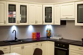 is it a mistake to paint kitchen cabinets 5 mistakes to avoid when painting kitchen cabinets in the