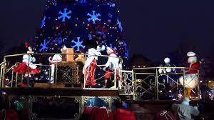 illumination du sapin christmas tree lighting disneyland paris