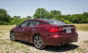 2017 nissan maxima in depth model review car and driver