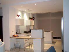 hotte cuisine plafond hotte au plafond pour îlot central hotte bureaus