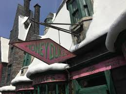 Where To Buy Harry Potter Candy Wizarding World Of Harry Potter A Magical Guide To The Best Food