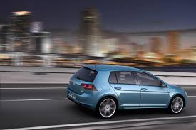 volkswagen golf blue 2014 pacific blue mk7 volkswagen golf highline eurocar news