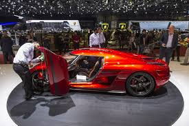 red koenigsegg regera how does the koenigsegg regera drive without a gearbox koenigsegg