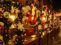 100 christmas decorated homes living room christmas
