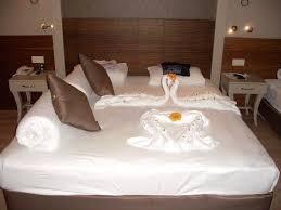zum 20 hochzeitstag aufmerksamkeit zum 20 hochzeitstag hotel side crown palace in
