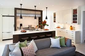 cuisine ouverte petit espace idée cuisine ouverte sur salon petit espace cuisine en image