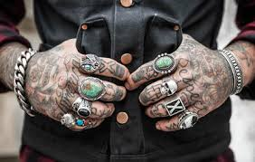 6 signs you u0027re going to regret that new tattoo men u0027s health